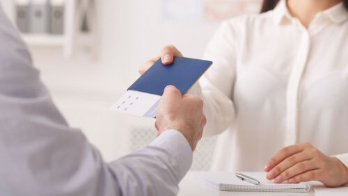 How to Become a VISA Consultant?