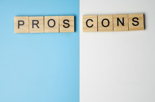 Pros and Cons of Cash Payment for Your Business